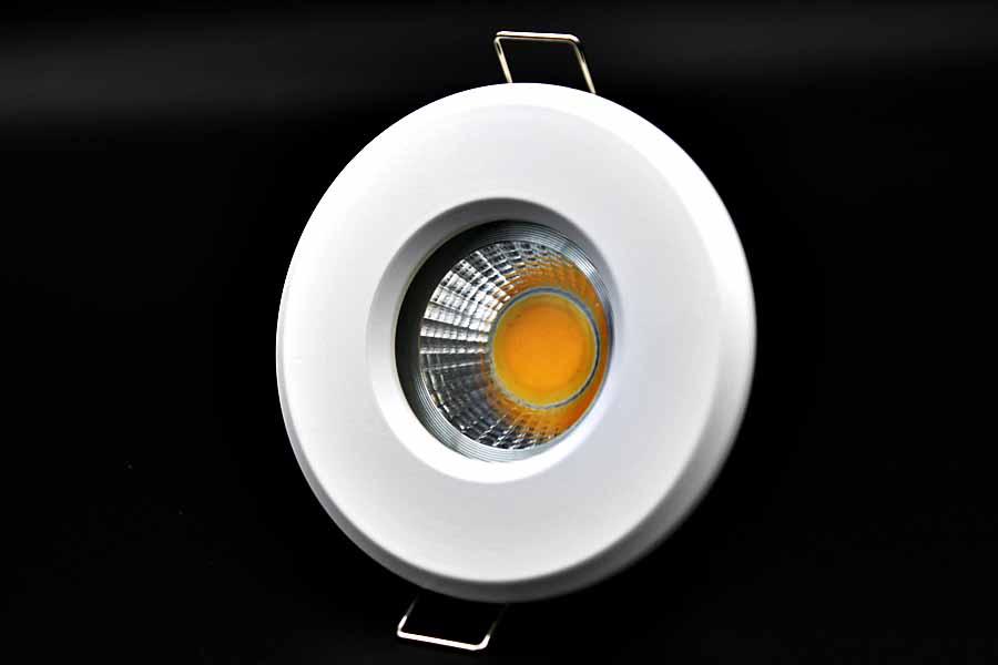 led ip44 feuchtraum einbaustrahler rund wei klar einbauspots deckeneinbaustrahler dimmbar led. Black Bedroom Furniture Sets. Home Design Ideas